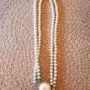 2 strand faux pearl necklace 1970